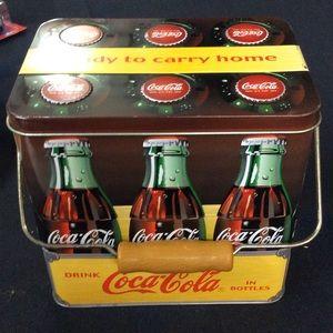 Coca Cola six-pack tin. Collectors tin 90's